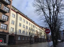 """Išnuomojamos patalpos """"Kęstučio Biurų Centre"""". Patalpos randasi pačiame Kauno miesto Centre"""