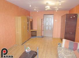 Žaliakalnyje, Riešutų gt., labai tvarkingame bendrabutyje parduodamas 35 kv. m. butas