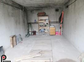 Parduodamas garažas Islandijos plente