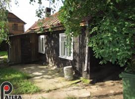 Žemuosiuose Šančiuose Linų gt. parduodama medinio namo dalis