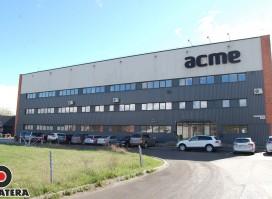 """RAUDONDVARIO PL., MODERNIAME VERSLO CENTRE ,,ACME"""", išnuomojamos 270 kv. m. patalpos"""