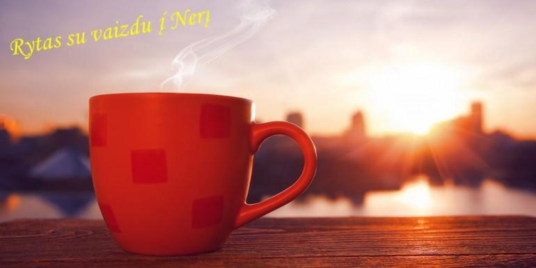 rytas su vaizdu i neri