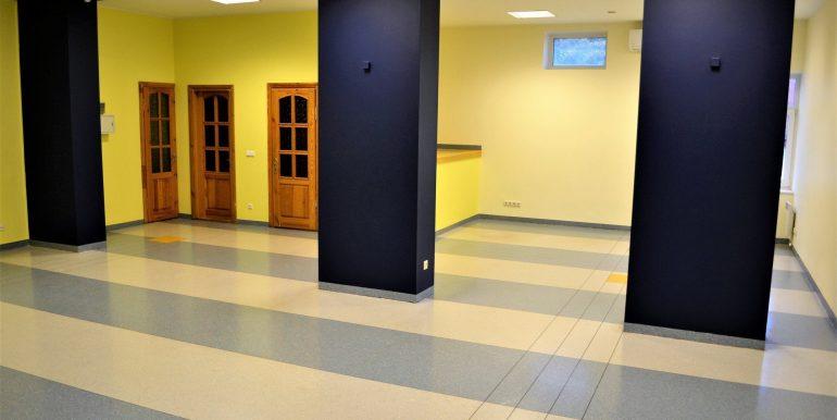 kaunas-centras-laisves-al-biuro (2)